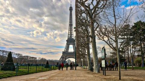 Autour de la Tour Eiffel, Paris, mars 2016