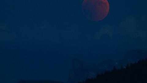 Éclipse de lune depuis Taninges, 27 juillet 2018